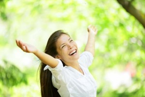 Womany feeling great after seeing a Naturopath